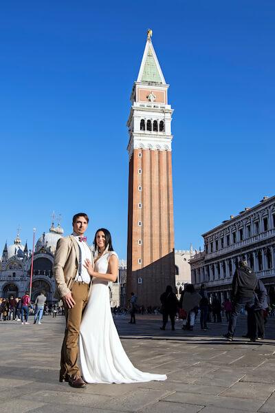Fotograf-Hochzeit-Markusplatz-Fotoshooting-Brautpaar