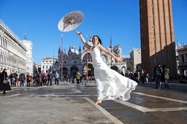 Fotograf-Venedig-Brautpaar-Markusplatz