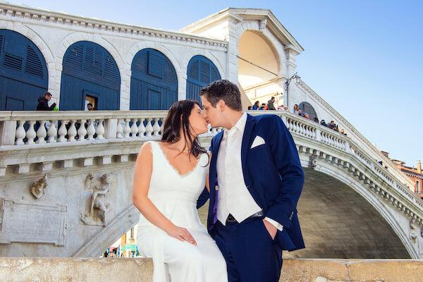 Fotograf-Venedig-Hochzeit-Rialtobrücke-Fotoshooting