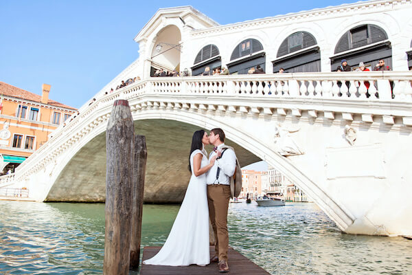 Fotograf-Venedig-Verona-Brautpaar-Rialtobrücke