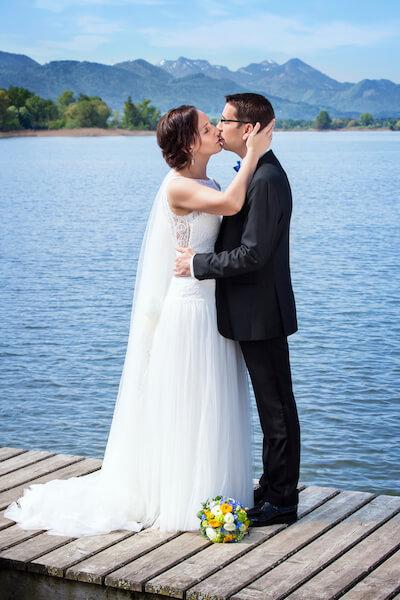 Fotoshooting-Übersee-Hochzeit-Chiemgauer-Hof
