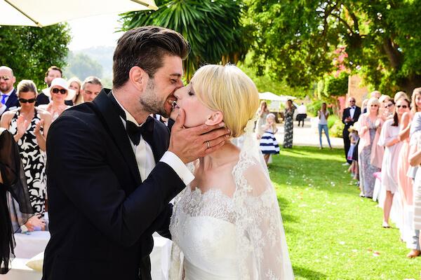 Hochzeit-Fotograf-Rosenheim-Brautpaar-freie Zeremonie
