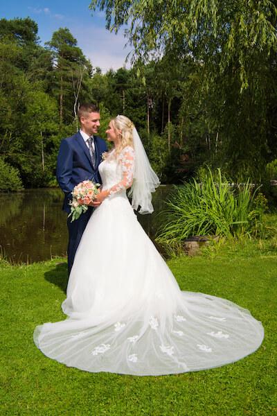 Hochzeit-Rott-am-Inn-Brautpaar-Fotograf