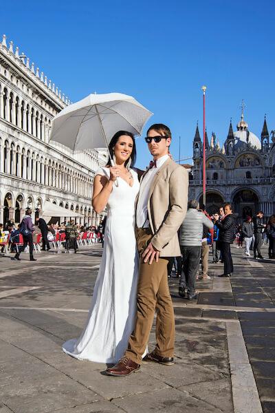 Hochzeitsfotograf-Venedig-Italien-Markusplatz-Hochzeit-Fotoshooting-Brautpaar