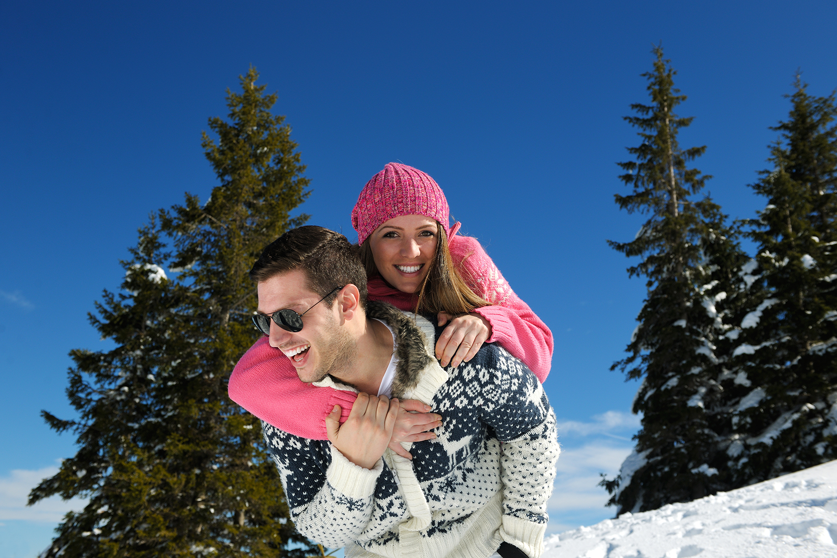 Paarshooting-Fotoshooting-Chiemgau-Chiemsee-Rosenheim-Prien-Berge-Alpen-Schnee