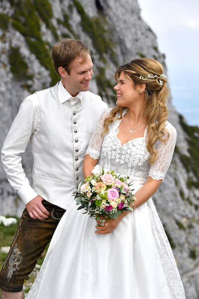 Wendelstein-Hochzeit-Fotograf-Brautpaar